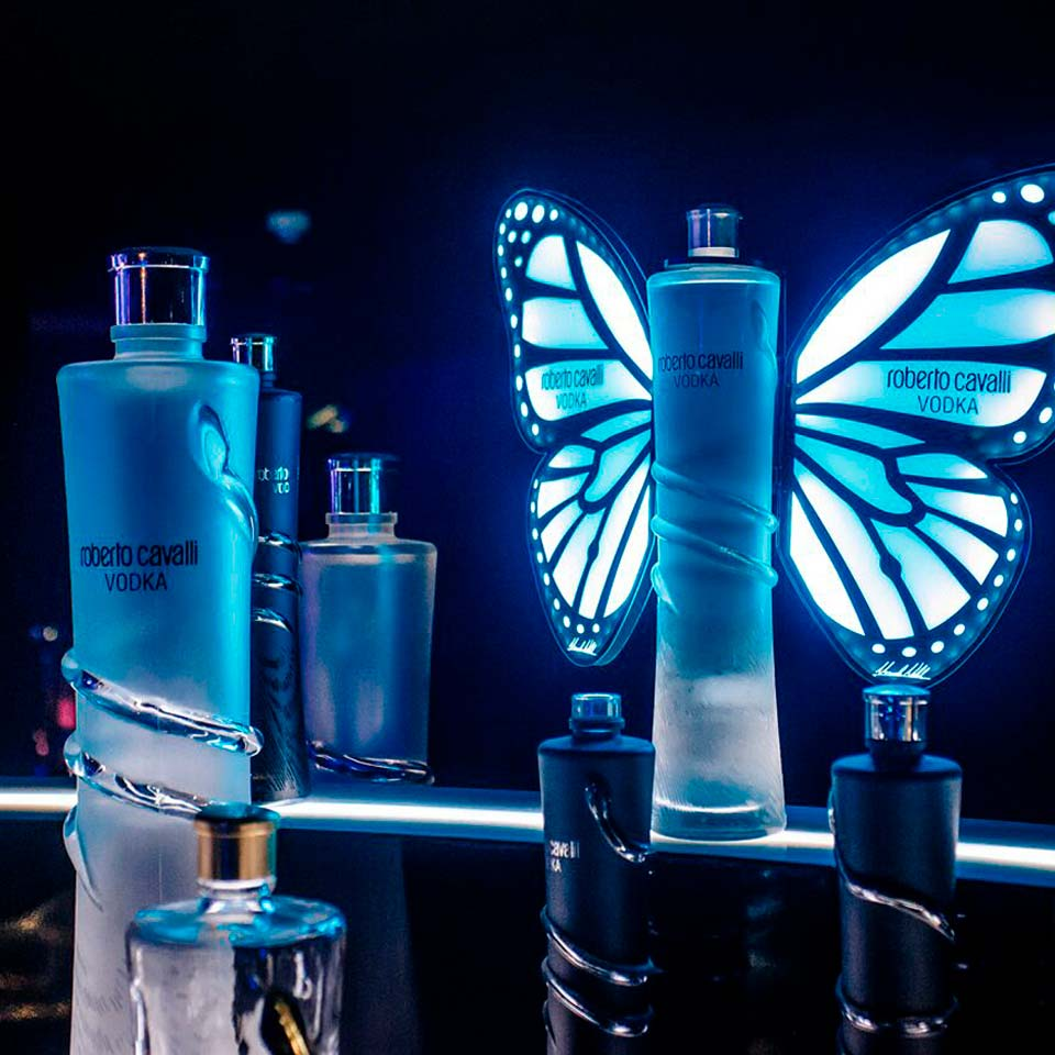 GIVES WINGS TO <br/> YOUR NIGHTS!